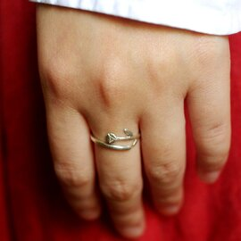 谷内亮太|一輪の花の指輪