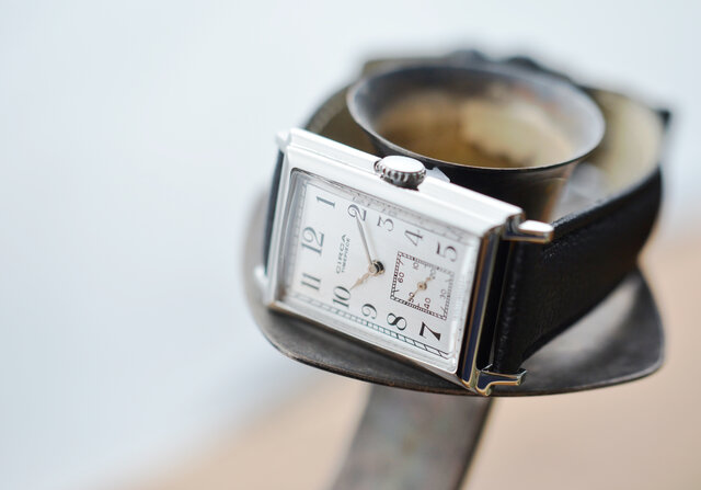 """f3b50d012c 年代物の時計を誰もが購入して楽しむことができるよう """"ビンテージリバイバル時計をリーズナブルな価格で""""をコンセプトに誕生した「CIRCA」の腕時計は、 時計が""""小さな ..."""