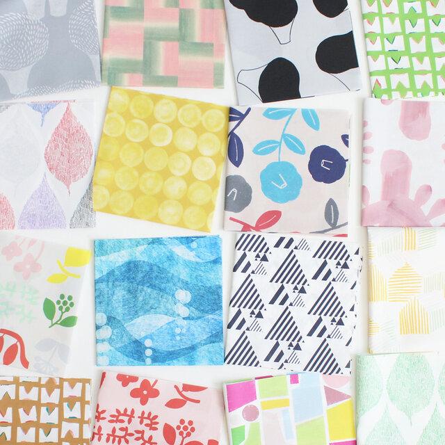 nunocoto fabricでも人気のある、北欧系のデザインばかりを集めました。 大きめのモチーフや小さめのモチーフがいろいろ混ざっています。 人気テキスタイルデザイナーやイラストレーターによる、テキスタイルデザインです。