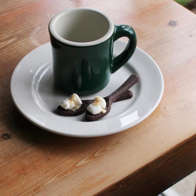 マグカップとあわせてプレゼントするのも素敵ですね。