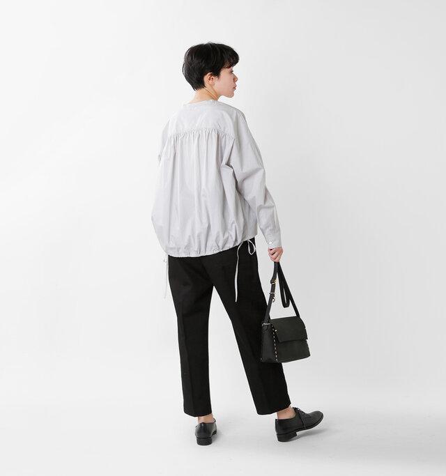 model saku:163cm / 43kg  color : light gray / size : 38