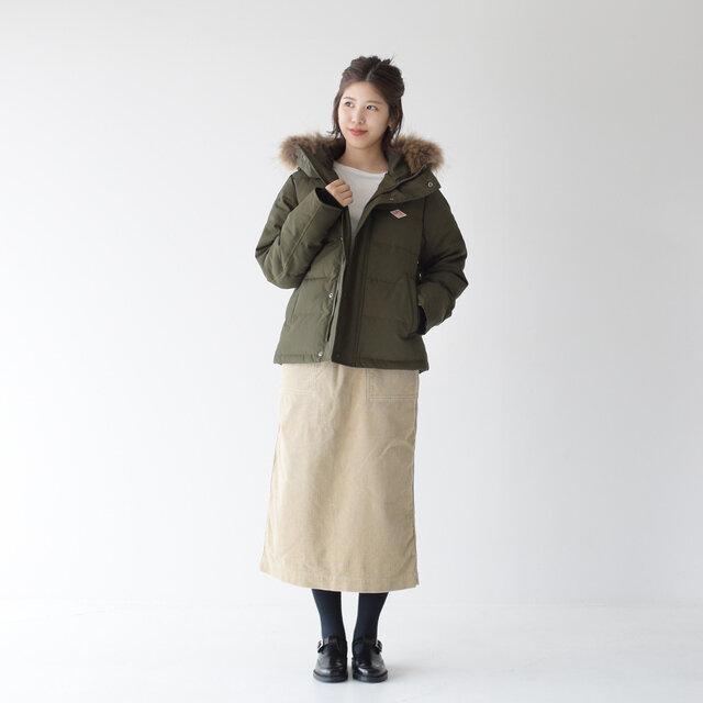 モデル:157cm / 47kg color : olive / size : 36(レディースM)  ▼モデル着用感 普段着用サイズ: <TOPS>S~Mサイズ / <BOTTOMS>S~Mサイズ 軽量でざっくり着られる程よいサイジングです。 厚手のニットを着込んでも問題なく着用できます。