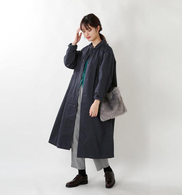 model kanae:167cm / 48kg color : navy / size : 1