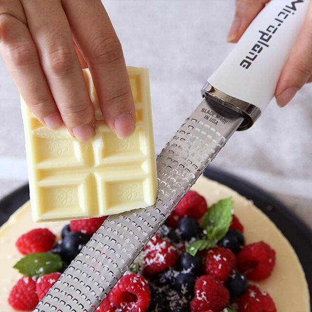 他にもチョコレートや、ナッツなど小さいものも綺麗に削れるので、お菓子作りにも重宝しますよ。