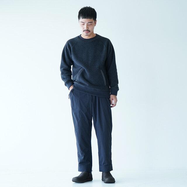 モデル:173cm / 58kg color : btriple black / size : 8.5(Men's -26.5cm)