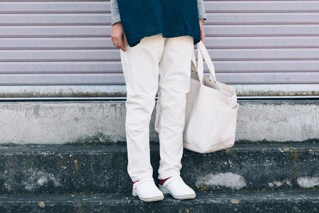 ホワイト / S 着用、モデル身長:159cm