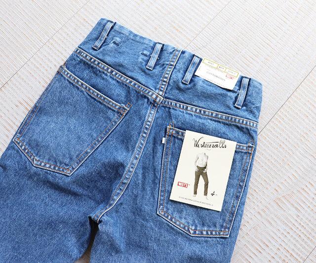 バッグポケットの両端など、補強として付けられるリベットがないのも一つの特徴で、補強縫製のバータック(カンヌキ)仕様になっています。
