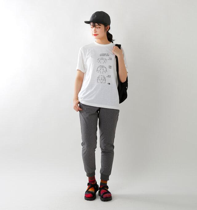 model kanae:167cm / 48kg color : black / size : M