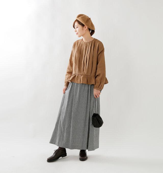model yama:167cm / 49kg color : camel / size : F