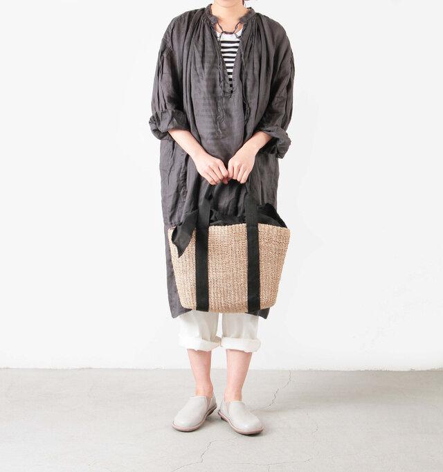 model yama:167cm / 49kg color : natural / size : one
