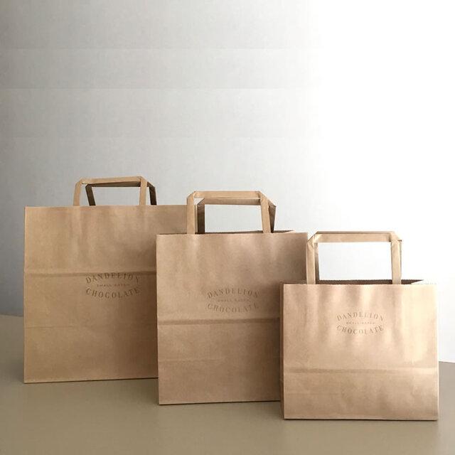 紙袋もご用意しておりますのでご希望の場合はご注文の際、入力欄に必要枚数をご記入ください(無料)。