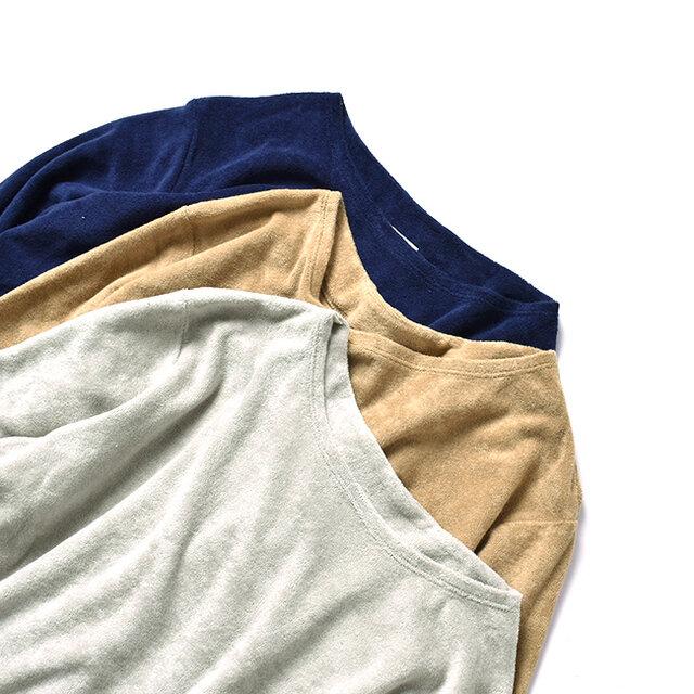 カラーは手前から、【light grey】【khaki beige】【navy】の3種類をご用意しました。