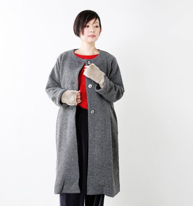 model mayu:158cm / 48kg color : taupe / size : F