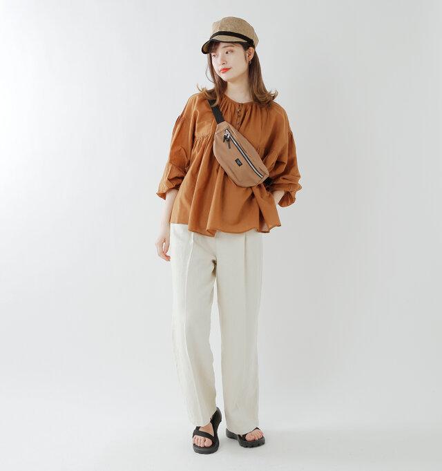 model kanae:167cm / 48kg color : natural / size : M