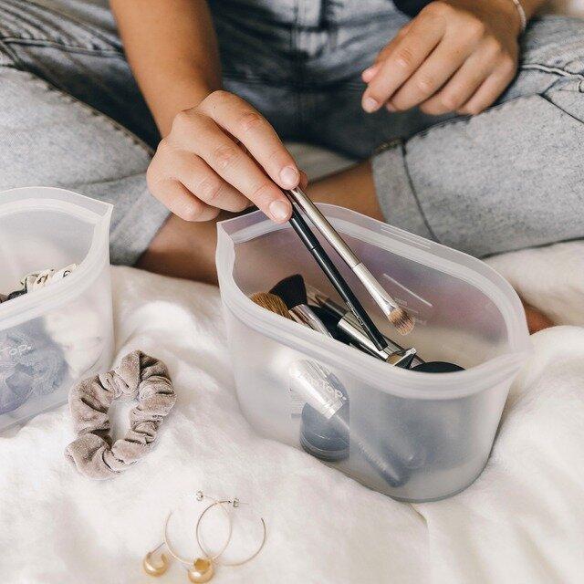 調理以外にも細かなアクセサリーや、トラベルグッズを入れて持ち運ぶの便利です。幅広くご使用いただけます。