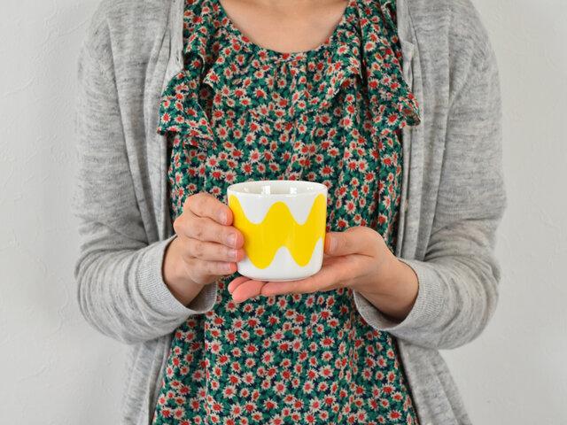 コーヒーや紅茶などを飲んでいただくのはもちろんですが、こちらはオーブンもOK、レンジもOKなので、ぜひお料理にもお使いください。キッシュを焼いたり、プリンを焼いたり、茶碗蒸しを作ったり。作っている最中も思わず笑顔になれそうですね。