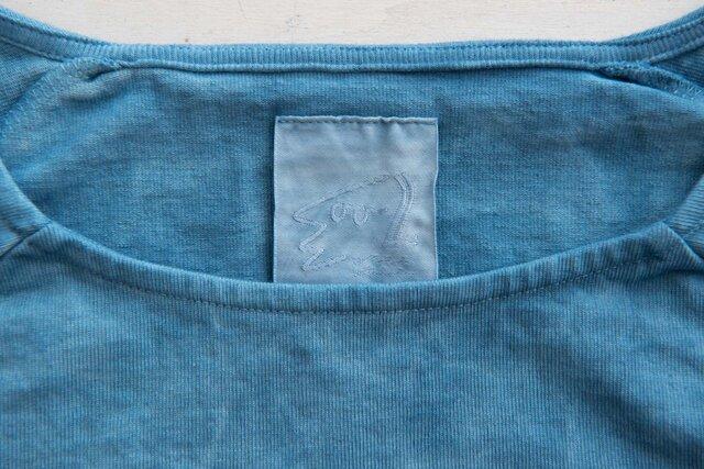 襟ぐりも伸びないように工夫が施されてます。ただ返して縫ったわけじゃない。