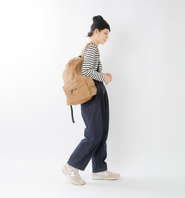 model yama:167cm / 49kg color : beige / size : 24.0cm