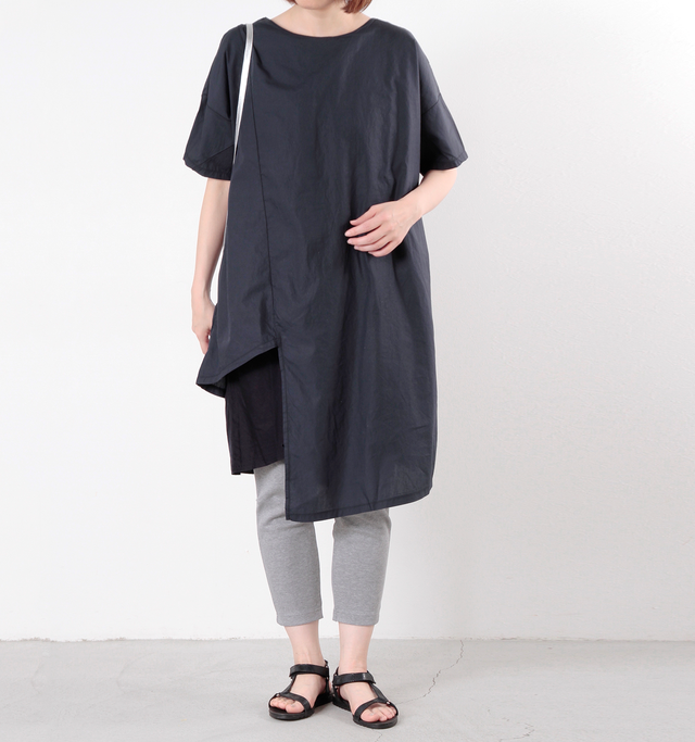 color : navy×navy / size : F