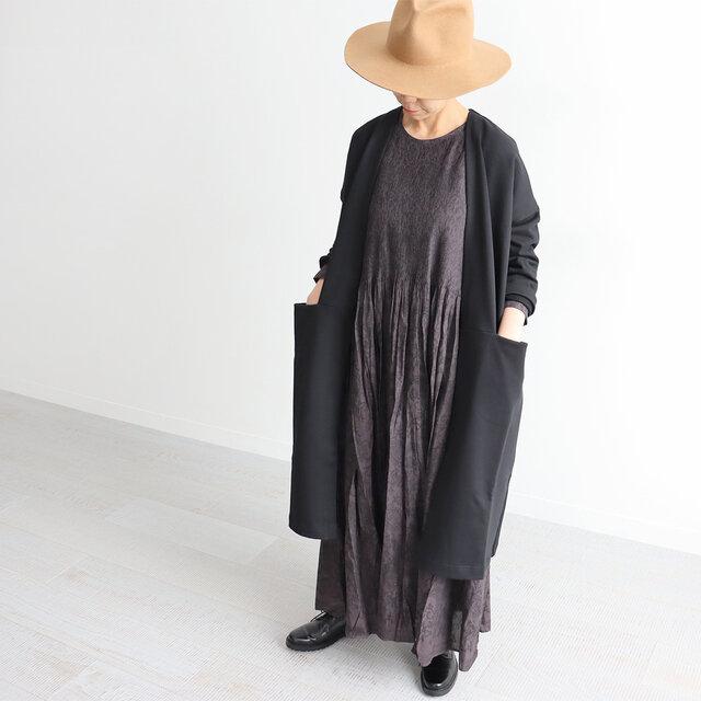 ブラック 着用、モデル身長:160cm