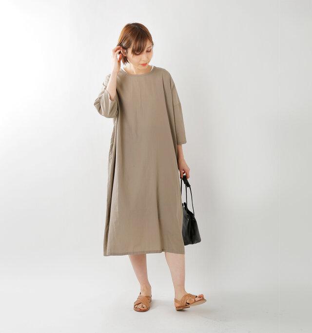 model yama:167cm / 49kg color : sand / size : F