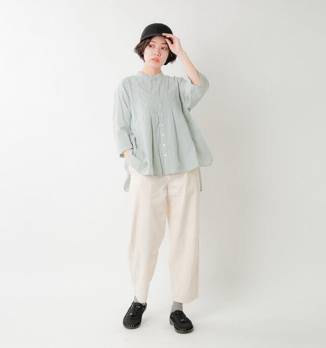 model saku:163cm / 43kg color : black / size : 6(約23.0cm)