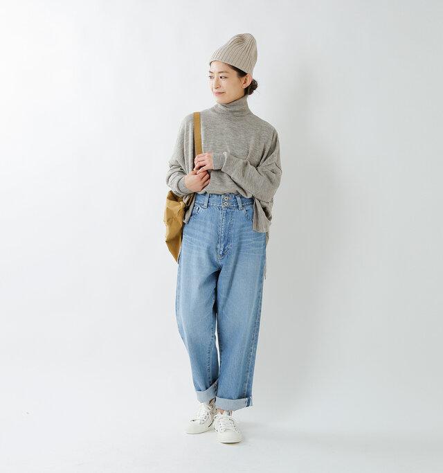 model tomo:158cm / 45kg color : heather gray / size : F