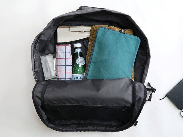 (36L)普段使いから旅行まで使えるミドルサイズ。一部の機内持ち込み手荷物サイズ制限のある航空会社にも対応しています。