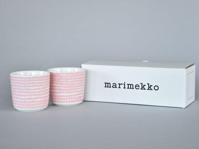 ラテマグは偶数個ご購入いただけますと、marimekkoのギフトボックスに入れてお届けいたします。ギフトにもおすすめです。ラッピングもご好評いただいておりますので、ぜひご利用くださいませ。