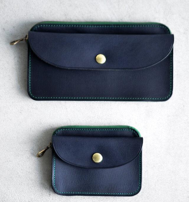 ポケットに入れやすいコンパクトなサイズの本商品とは別に、お札を折らずに収納できるロングサイズをご用意しております。お好みでお選びください。