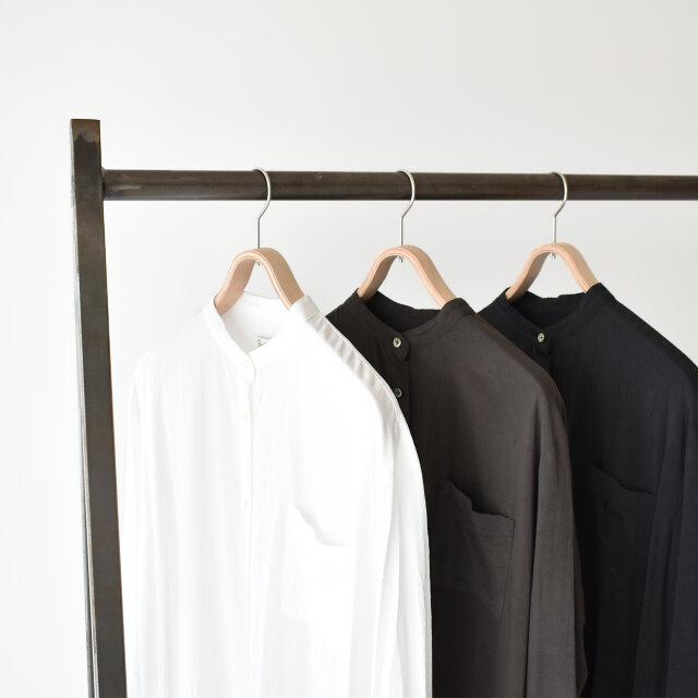 左より、【off white】【dark marron】【coal grey】の3色をご用意しました。