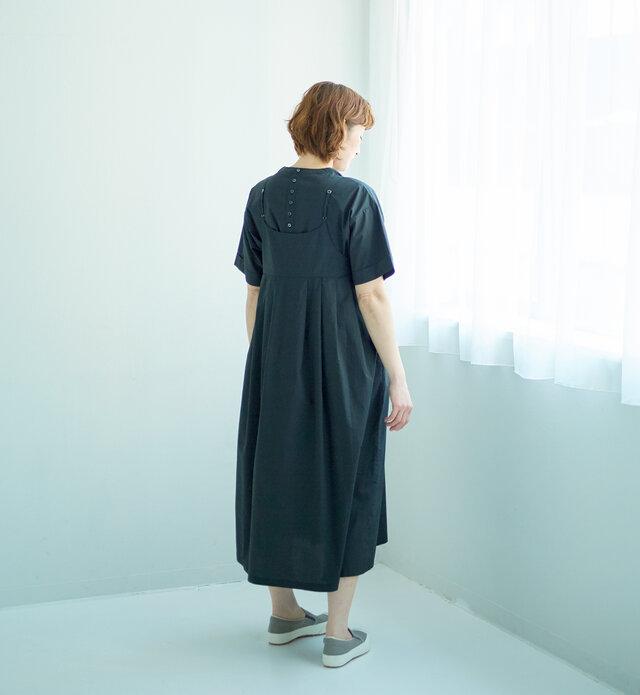 モデル160cm 着用サイズ:0(BLACK)