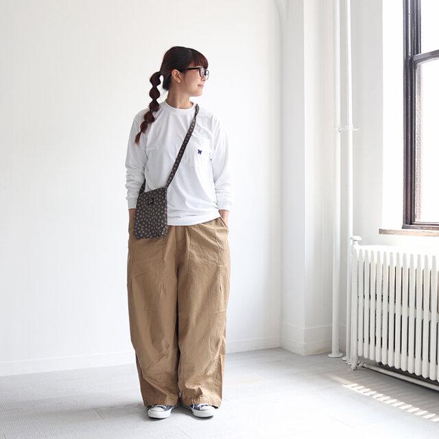 カーキ(ベージュ) / 2 着用、モデル身長:162cm