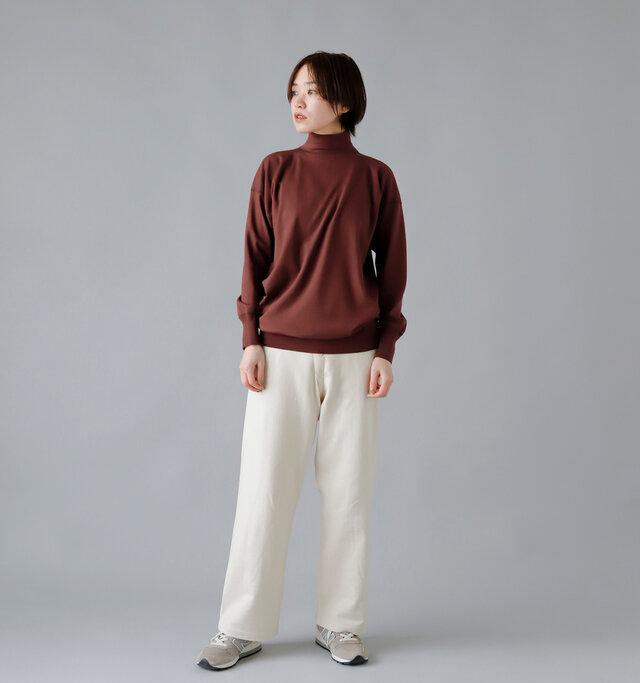 model:163cm / 43kg color : mahogany / size : 40