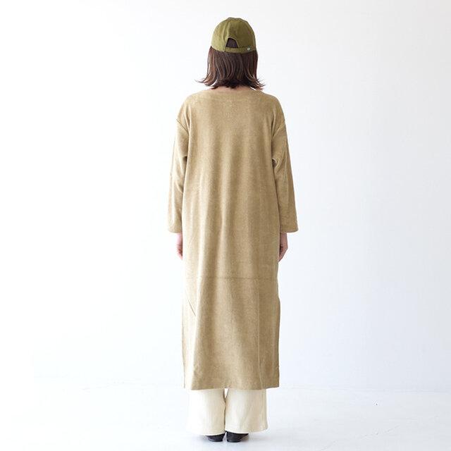 モデル:157cm / 47kg color : khaki-beige / size : free