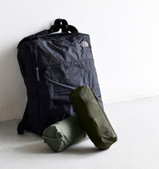 小さなケースに収納された2wayバッグは、18Lというデイリーユースにぴったりの容量で高効率につくりこまれたユーティリティバッグです。