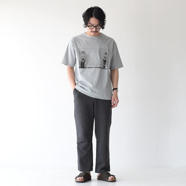 モデル: 173cm / 58kg color:gray / size:L(メンズS~M)