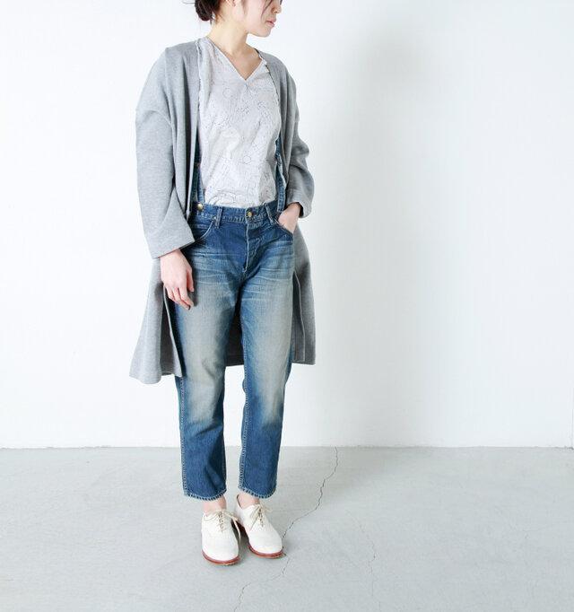 model yama:167cm / 49kg color : used / size : 02  キレイなシルエットですので、どんなスタイルにも合わせやすくなっています。