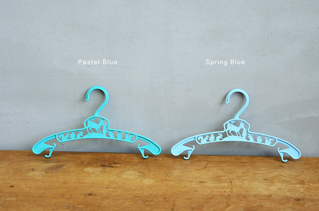 Pastel Blue(パステル ブルー)/Spring Blue(スプリング ブルー)。