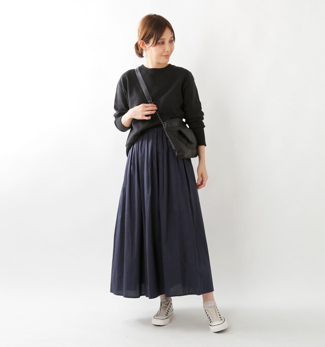 model yama:167cm / 49kg color : ice gray / size : 5(24.0cm)