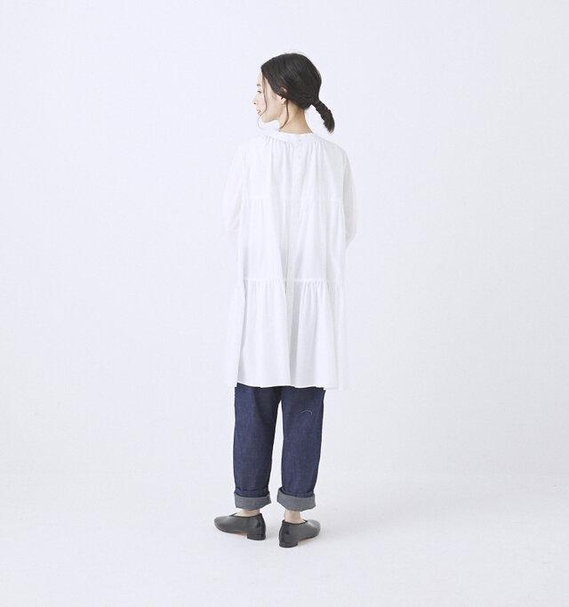 WHITE / 着用サイズ0(モデル164cm)