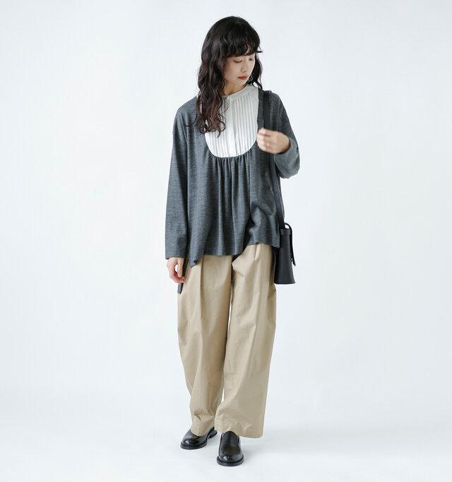 model:162cm / 47kg color : gray/ size : F
