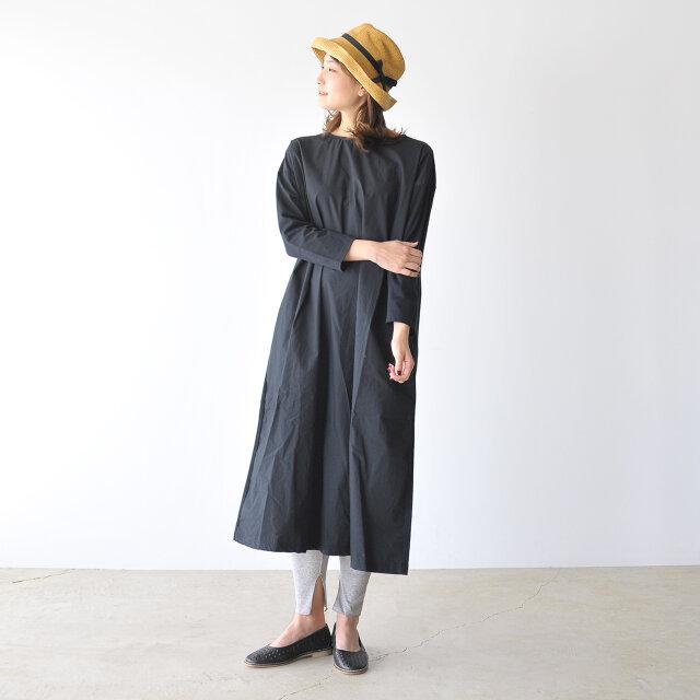 モデル:170cm / 54kg color : black / size : 7(24.0cm)