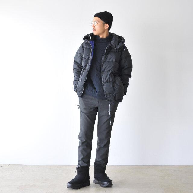 モデル:164cm / 46kg color : TNFブラック(KK) / size : 8(26.0cm)