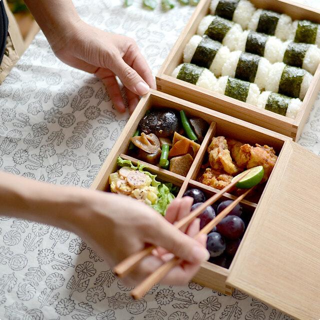 洋風のお料理とも相性が良いので、お正月のおせちの他に、運動会やお花見、ピクニックなど、使うシーンを選ぶことなく活躍してくれます。 オードブルなどをさっと盛り付けて、持ち寄りパーティーに持参すると、テーブルが華やかになるので喜ばれそうですね。