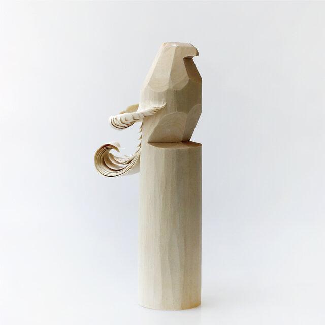 「ぽっぽ」とはアイヌ語で玩具を意味するそう。山形の米沢で誕生した民芸品で、縁起ものとしても親しまれてきたそうです。