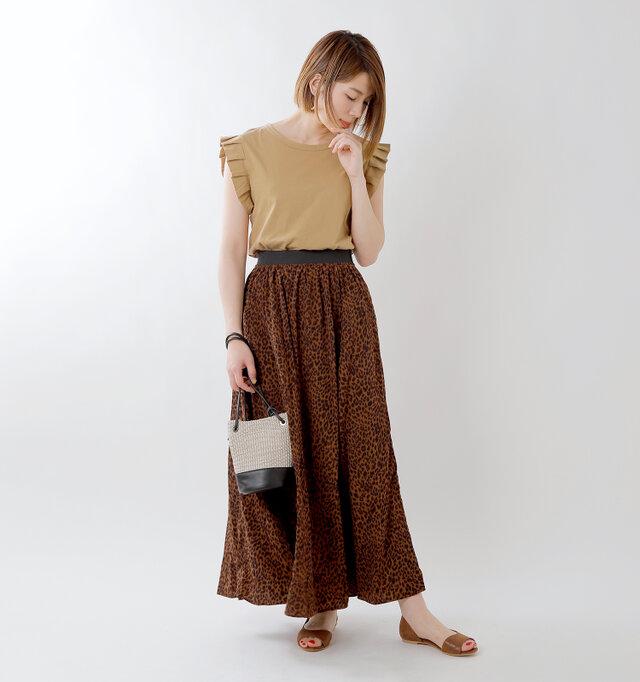 model mei:165cm / 50kg color : mocha / size : M