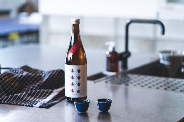 エッグスタンドは、おちょことしても使用できるサイズ感がかわいらしいですね。ちょっとしたおつまみの小鉢としても◎。毎日の食卓に彩りを与えてくれます。