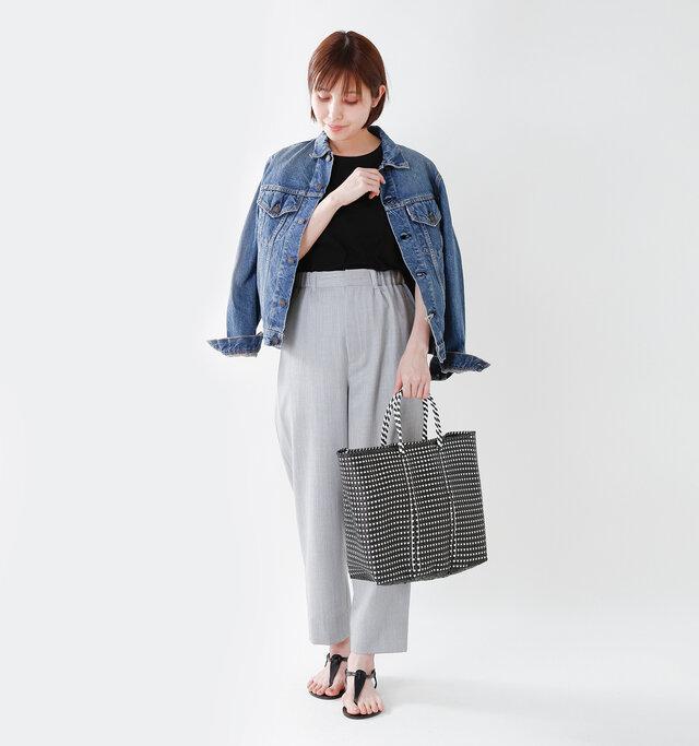 model yama:167cm / 49kg color : black mini check / size : M