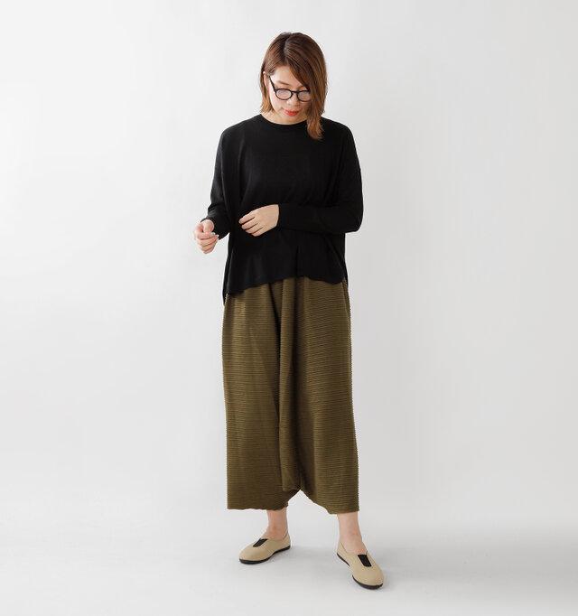 model yama:167cm / 49kg color : beige×black / size : 38
